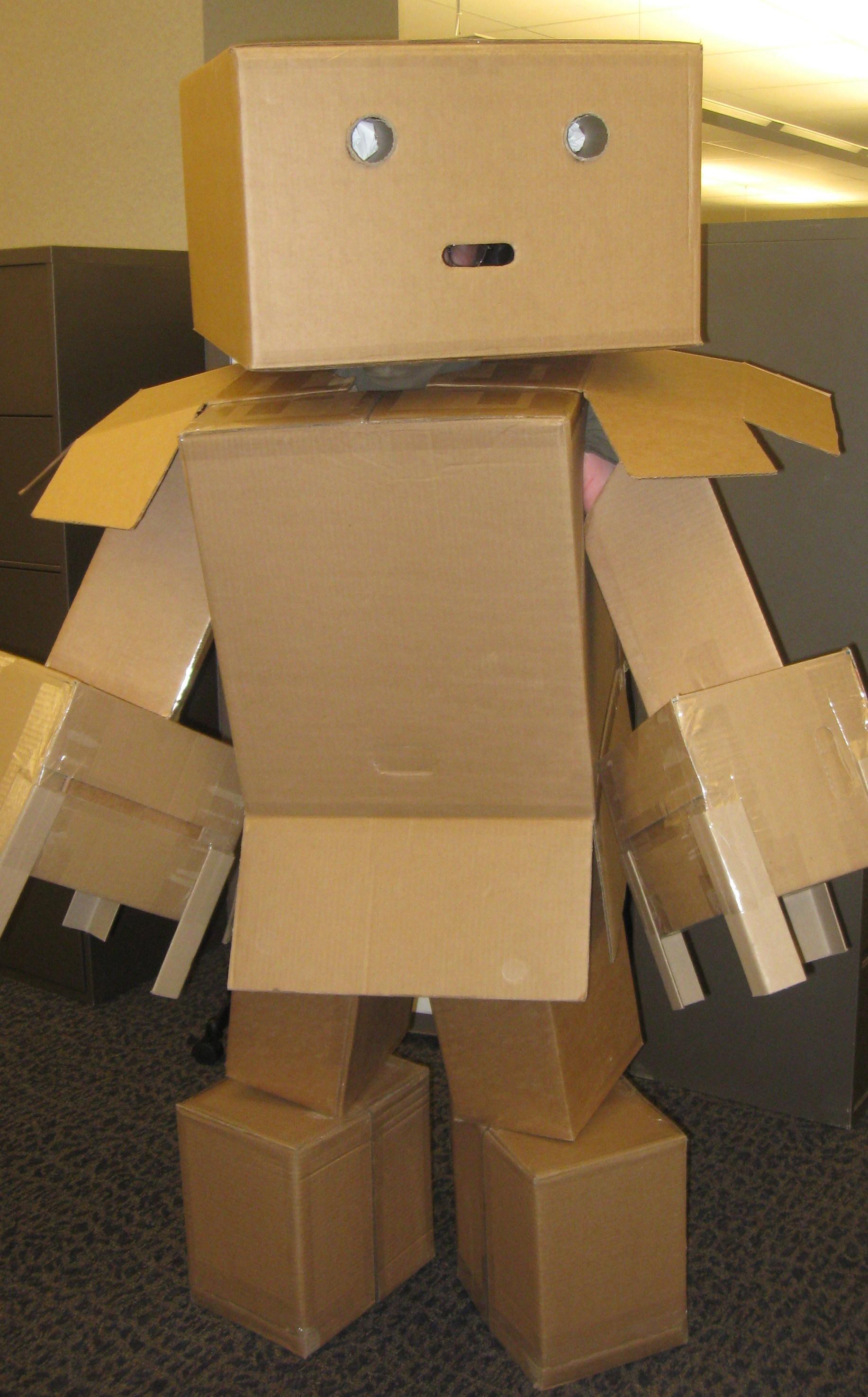 Сделать робота своими руками из картона